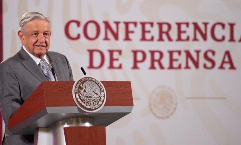 """""""No hay justificación para la existencia de despilfarro"""": López Obrador pidió una reducción del presupuesto para los partidos"""