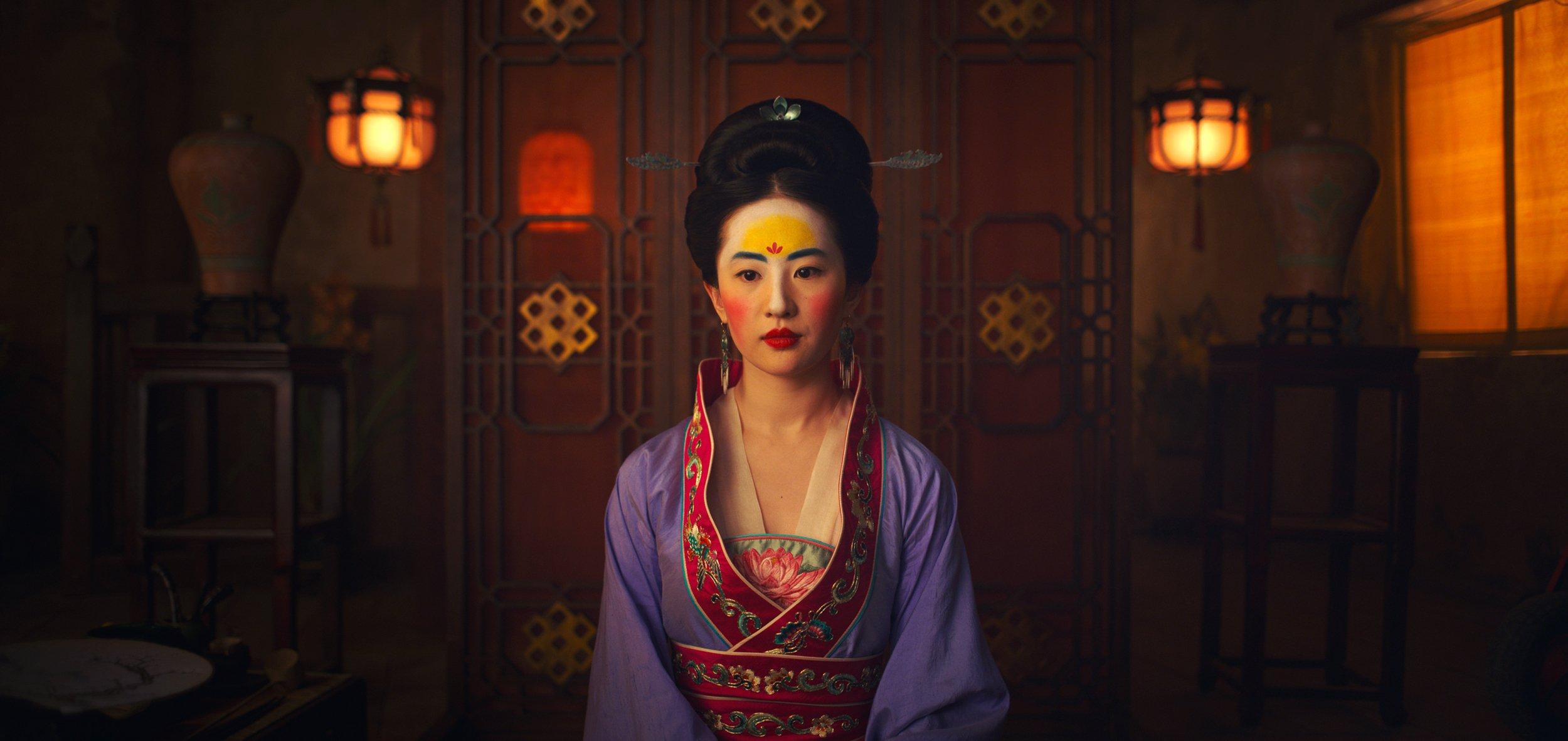 Photo of Mulan: Tres razones por las que es la peor acción en vivo de Disney
